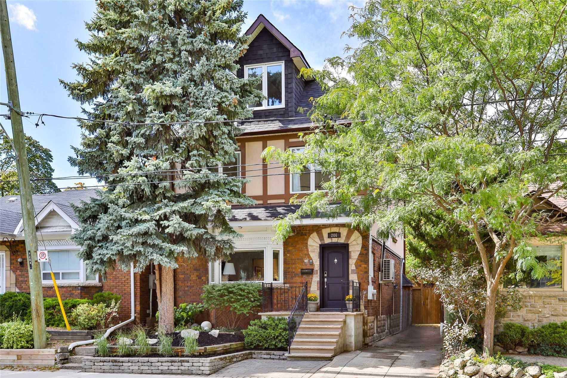 Main Photo: 206 Duplex Avenue in Toronto: Yonge-Eglinton House (2 1/2 Storey) for sale (Toronto C03)  : MLS®# C4934258