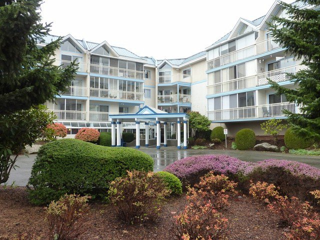 "Main Photo: 202 31930 OLD YALE Road in Abbotsford: Abbotsford West Condo for sale in ""Royal Court"" : MLS®# F1308380"