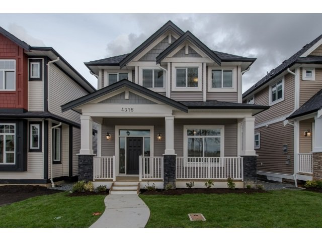 Main Photo: 4328 STEPHEN LEACOCK DRIVE in Abbotsford: Abbotsford East House for sale : MLS®# R2001619