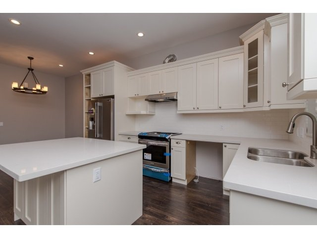 Photo 5: Photos: 4328 STEPHEN LEACOCK DRIVE in Abbotsford: Abbotsford East House for sale : MLS®# R2001619