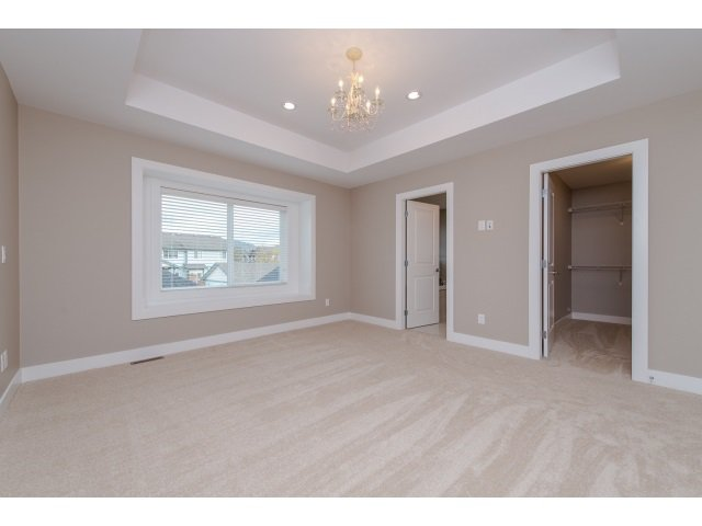 Photo 11: Photos: 4328 STEPHEN LEACOCK DRIVE in Abbotsford: Abbotsford East House for sale : MLS®# R2001619
