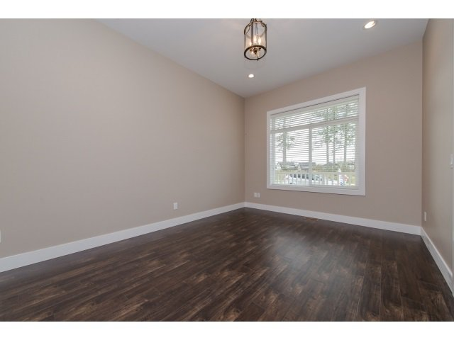 Photo 3: Photos: 4328 STEPHEN LEACOCK DRIVE in Abbotsford: Abbotsford East House for sale : MLS®# R2001619