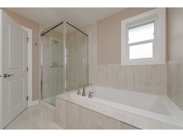 Photo 13: Photos: 4328 STEPHEN LEACOCK DRIVE in Abbotsford: Abbotsford East House for sale : MLS®# R2001619