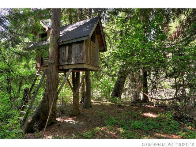 Photo 11: Photos: 4646 McClure Road in Kelowna: House for sale : MLS®# 10121218