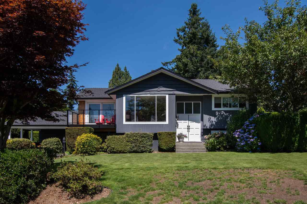 Main Photo: 13709 56A Avenue in Surrey: Panorama Ridge House for sale : MLS®# R2480678