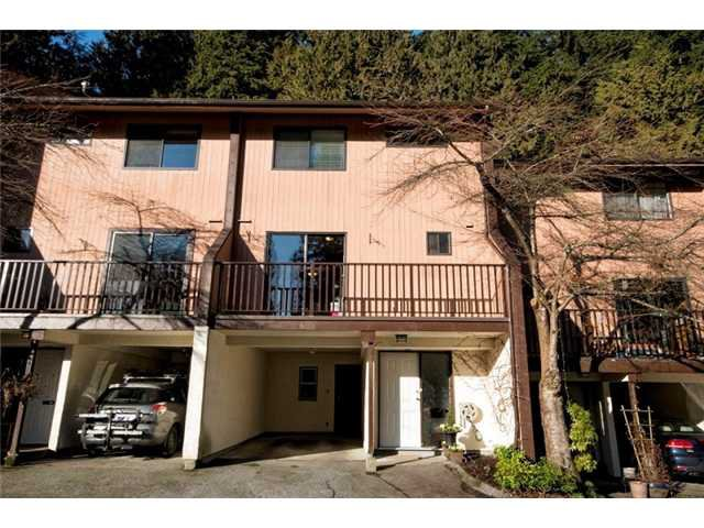 Main Photo: 1550 MCNAIR DR in North Vancouver: Lynn Valley Condo for sale : MLS®# V1042783