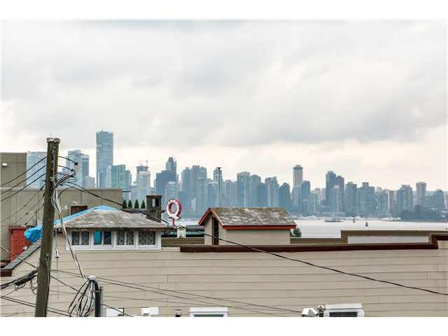 """Photo 8: Photos: 201 118 E 2ND Street in North Vancouver: Lower Lonsdale Condo for sale in """"The Evergreen"""" : MLS®# V1077548"""