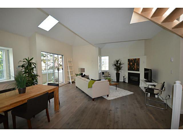 "Main Photo: 302 825 W 15TH Avenue in Vancouver: Fairview VW Condo for sale in ""THE HARROD"" (Vancouver West)  : MLS®# V1081638"