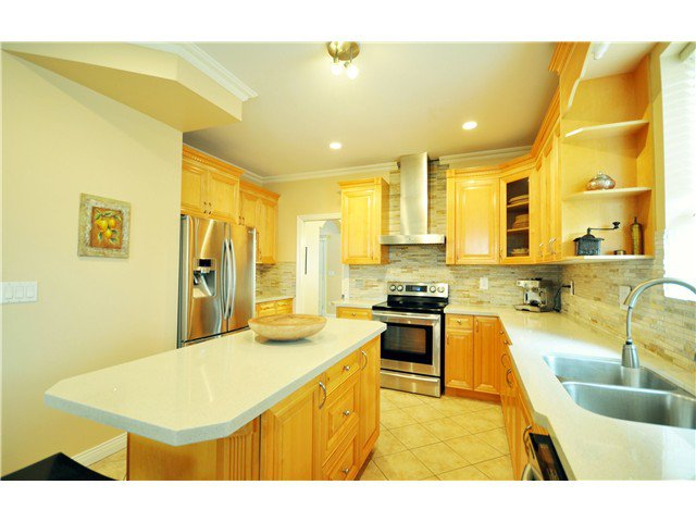 Photo 7: Photos: 7871 CUMBERLAND ST in Burnaby: East Burnaby House for sale (Burnaby East)  : MLS®# V1102281