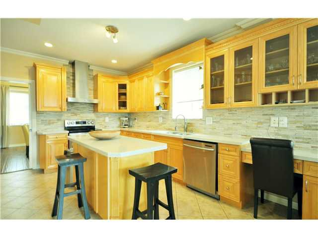 Photo 6: Photos: 7871 CUMBERLAND ST in Burnaby: East Burnaby House for sale (Burnaby East)  : MLS®# V1102281