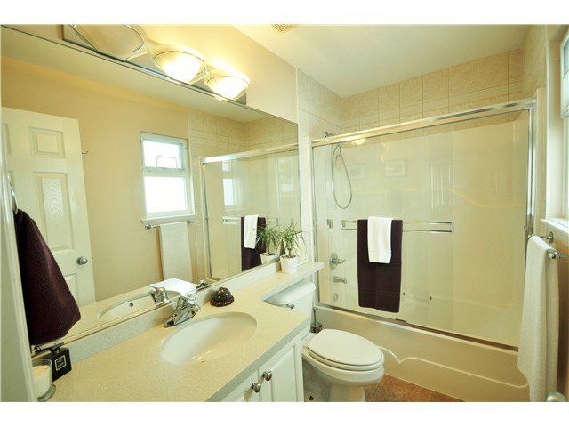Photo 12: Photos: 7871 CUMBERLAND ST in Burnaby: East Burnaby House for sale (Burnaby East)  : MLS®# V1102281