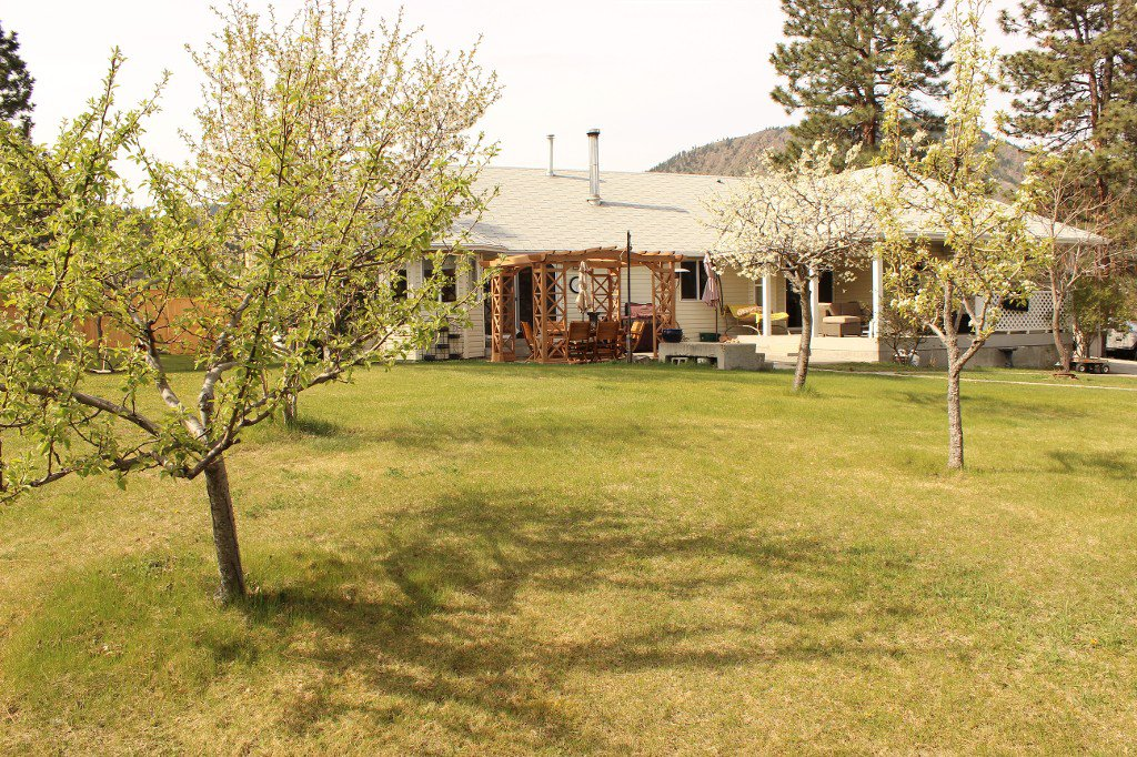 Photo 22: Photos: 6490 Barnhartvale Road in Kamloops: Barnhartvale House for sale : MLS®# 128239