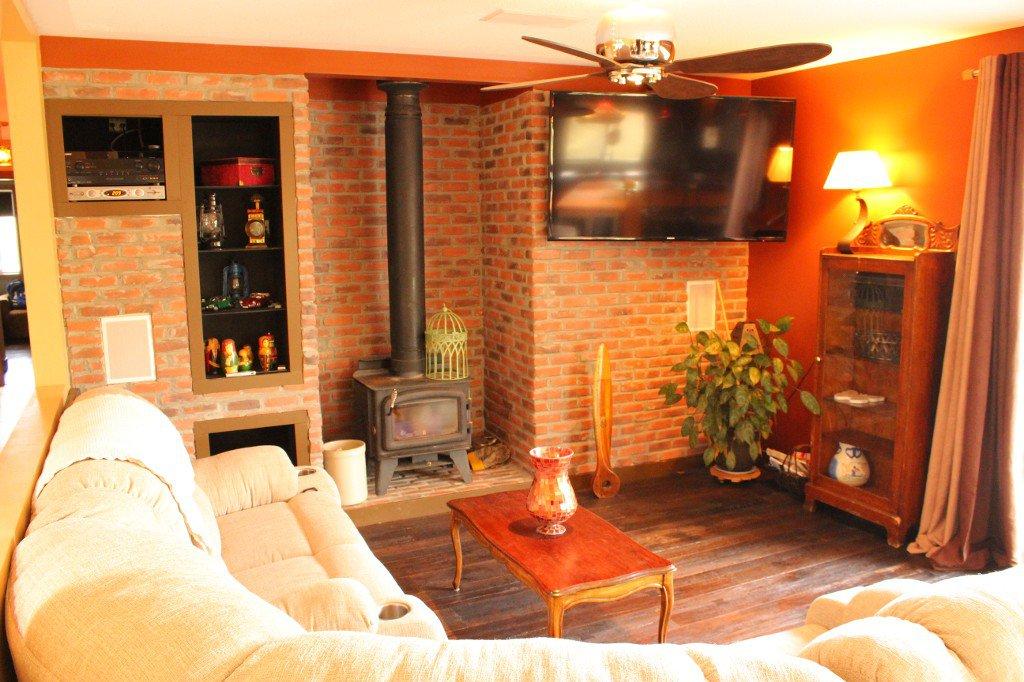 Photo 10: Photos: 6490 Barnhartvale Road in Kamloops: Barnhartvale House for sale : MLS®# 128239