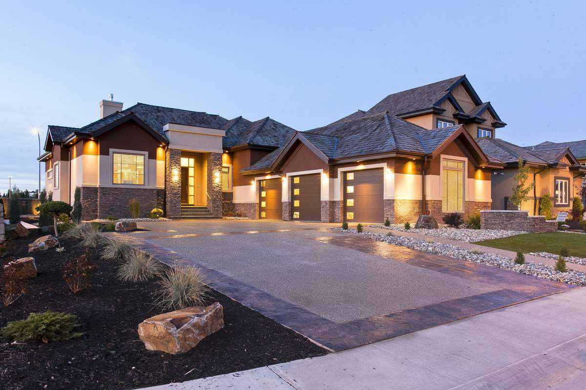 Main Photo: 3003 WATSON LD SW in Edmonton: Zone 56 House for sale : MLS®# E4038187