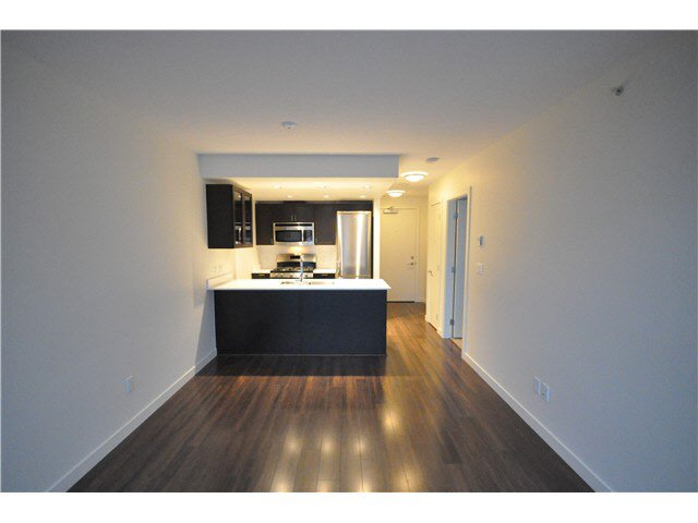 Main Photo: 608 4888 NANAIMO STREET in : Knight Condo for sale : MLS®# V982391
