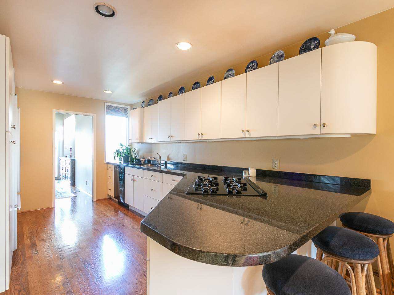 Photo 11: Photos: 2 1980 SASAMAT STREET in Vancouver: Point Grey Townhouse for sale (Vancouver West)  : MLS®# R2357115
