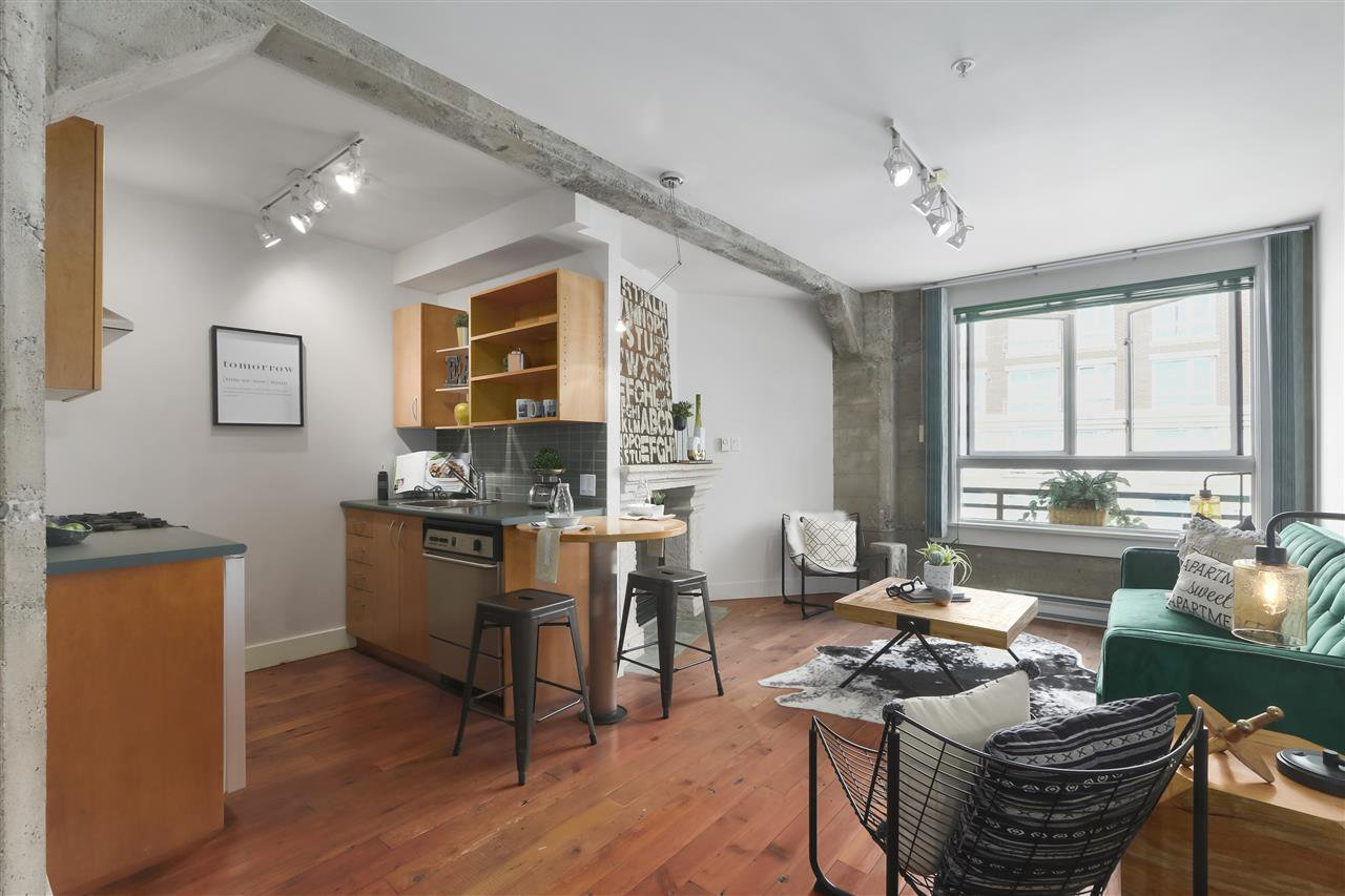 """Main Photo: 502 1216 HOMER Street in Vancouver: Yaletown Condo for sale in """"MURCHIES BUILDING"""" (Vancouver West)  : MLS®# R2392721"""