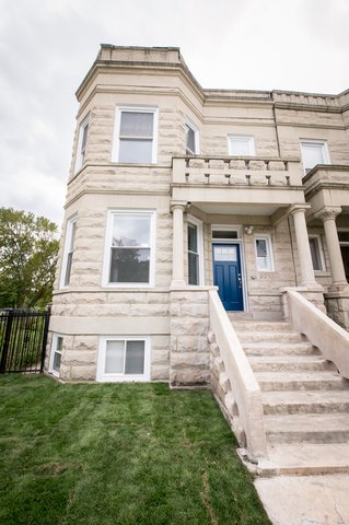 Main Photo: 3541 Van Buren Street in Chicago: CHI - East Garfield Park Multi Family (2-4 Units) for sale ()  : MLS®# 10556551