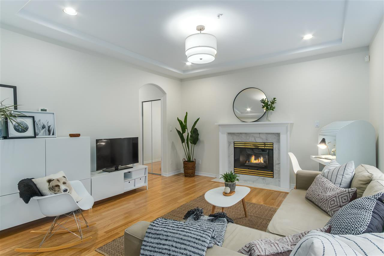 Main Photo: 1779 E 14TH Avenue in Vancouver: Grandview Woodland 1/2 Duplex for sale (Vancouver East)  : MLS®# R2436791