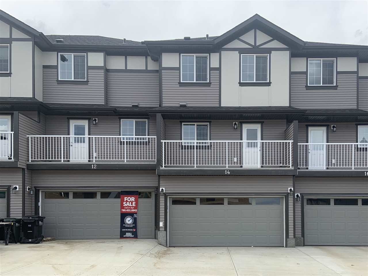 Main Photo: 14 20 Augustine Crescent: Sherwood Park Townhouse for sale : MLS®# E4193546