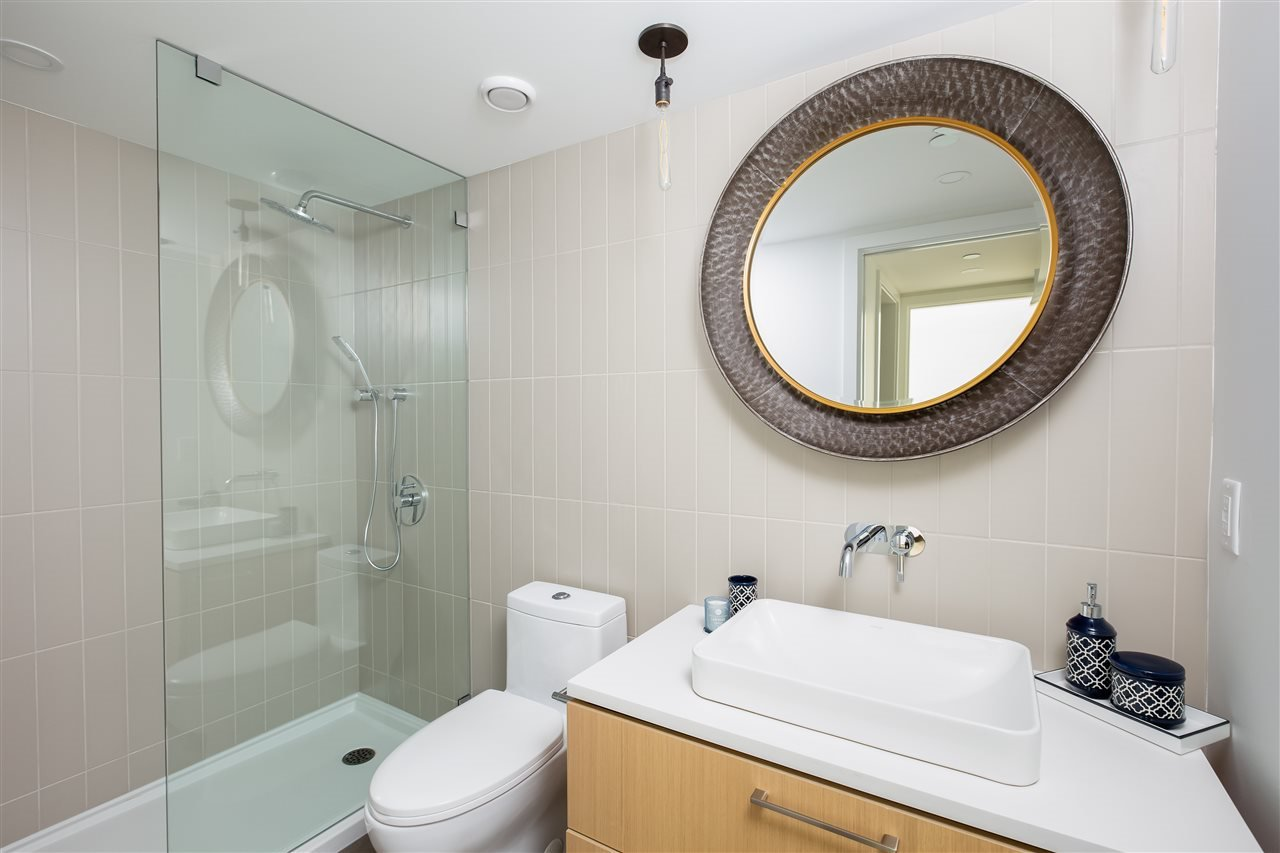 Photo 9: Photos: 738 E 3RD STREET in North Vancouver: Queensbury 1/2 Duplex for sale : MLS®# R2424181