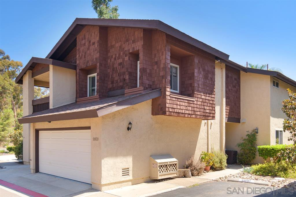 Main Photo: SCRIPPS RANCH Townhome for sale : 4 bedrooms : 9809 Caminito Doha in San Diego