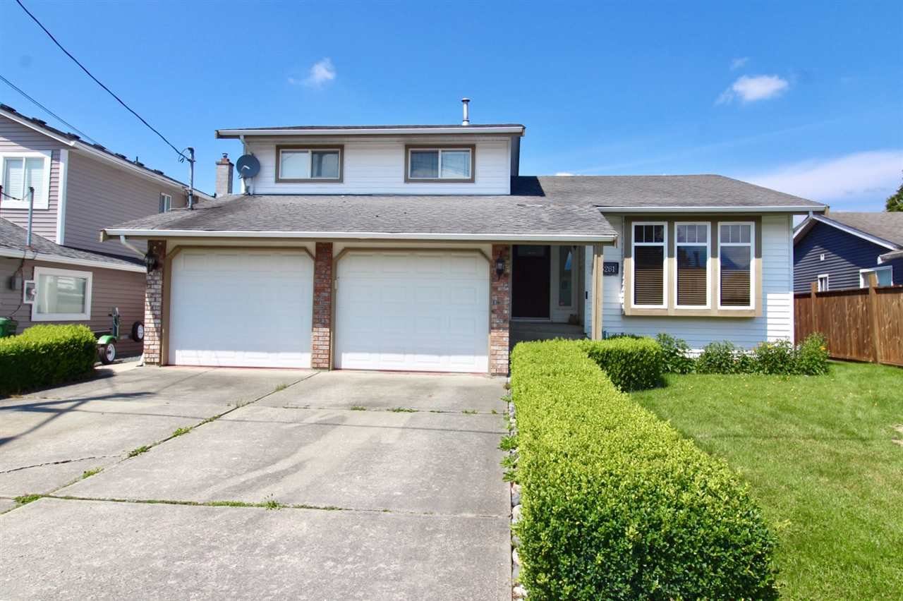 Main Photo: 45281 SPRUCE Drive in Chilliwack: Sardis West Vedder Rd House for sale (Sardis)  : MLS®# R2475070