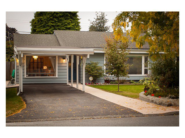 Main Photo: 1351 W 15TH Street in North Vancouver: Norgate House for sale : MLS®# V970426