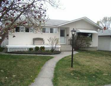 Main Photo:  in CALGARY: Fairview Residential Detached Single Family for sale (Calgary)  : MLS®# C3210683