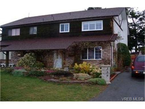 Main Photo:  in VICTORIA: Es Old Esquimalt Half Duplex for sale (Esquimalt)  : MLS®# 390567