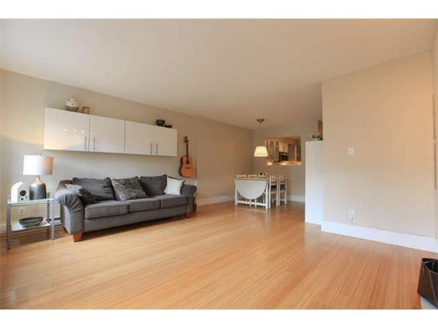 Photo 5: Photos: 103 925 W 15TH Avenue in Vancouver: Fairview VW Condo  (Vancouver West)  : MLS®# V1112385