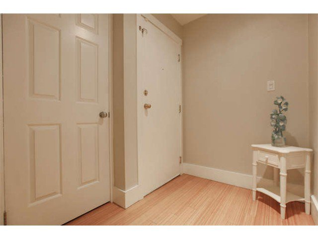 Photo 17: Photos: 103 925 W 15TH Avenue in Vancouver: Fairview VW Condo  (Vancouver West)  : MLS®# V1112385