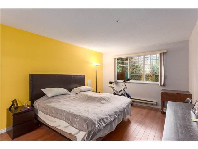 Photo 9: Photos: 22 6516 Chambord Place in Vancouver: Killarney VE Townhouse  (Vancouver East)  : MLS®#  V1114947