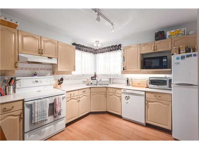 Photo 7: Photos: 22 6516 Chambord Place in Vancouver: Killarney VE Townhouse  (Vancouver East)  : MLS®#  V1114947