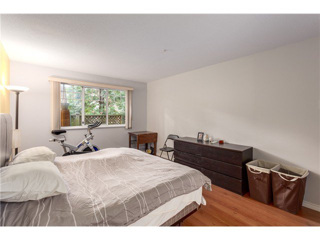 Photo 10: Photos: 22 6516 Chambord Place in Vancouver: Killarney VE Townhouse  (Vancouver East)  : MLS®#  V1114947
