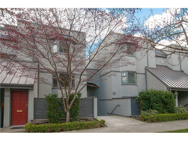 Photo 1: Photos: 1369 W 8TH Avenue in Vancouver: Fairview VW Townhouse  (Vancouver West)  : MLS®# V1113609