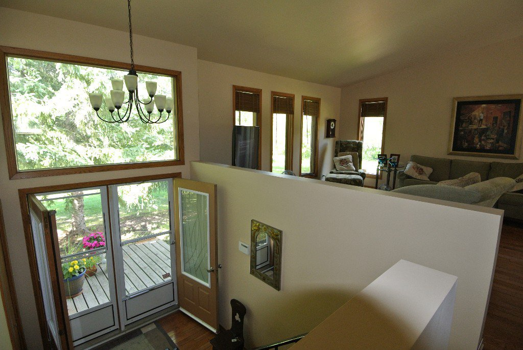 Photo 9: Photos: 23056 River road: Residential for sale