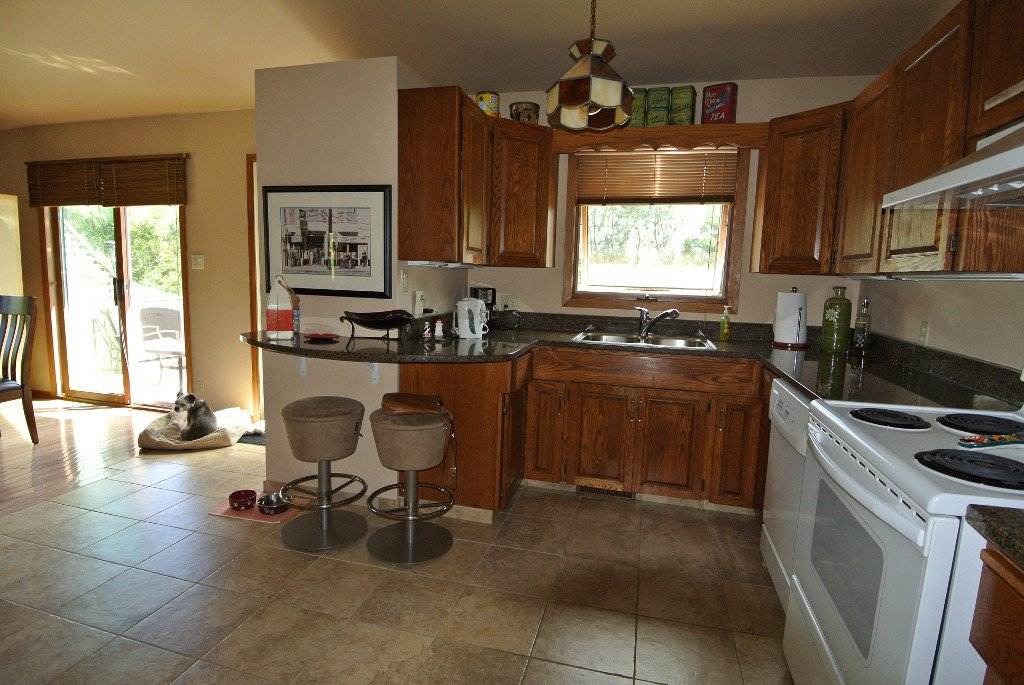 Photo 11: Photos: 23056 River road: Residential for sale