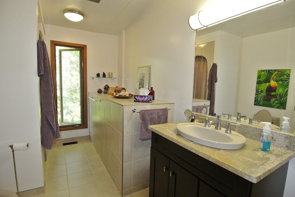 Photo 14: Photos: 23056 River road: Residential for sale