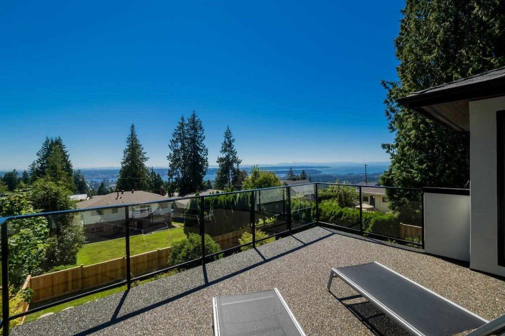 Main Photo: 225 Tamarack Road in North Vancouver: Upper Lonsdale House for sale : MLS®# R2133457