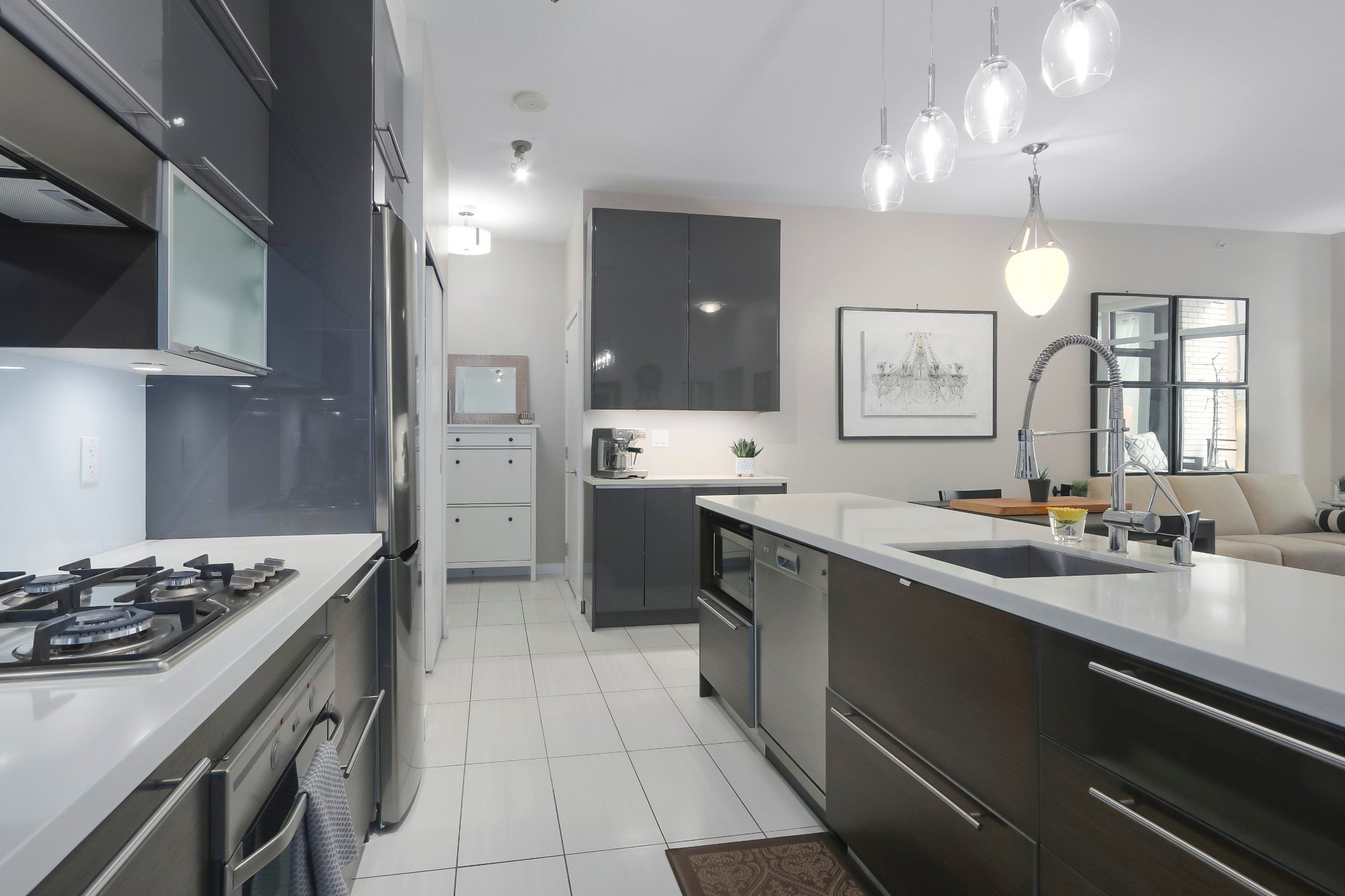 Main Photo: 306 1252 Hornby Street in Vancouver: Downtown Condo for sale (Vancouver West)  : MLS®# R2360445