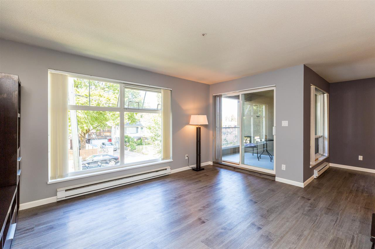 Photo 6: Photos: 5 2120 CENTRAL Avenue in Port Coquitlam: Central Pt Coquitlam Condo for sale : MLS®# R2414519