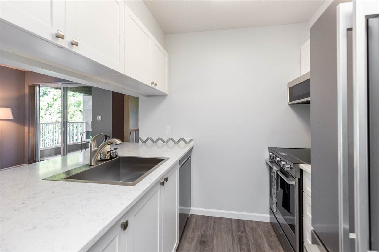 Photo 3: Photos: 5 2120 CENTRAL Avenue in Port Coquitlam: Central Pt Coquitlam Condo for sale : MLS®# R2414519