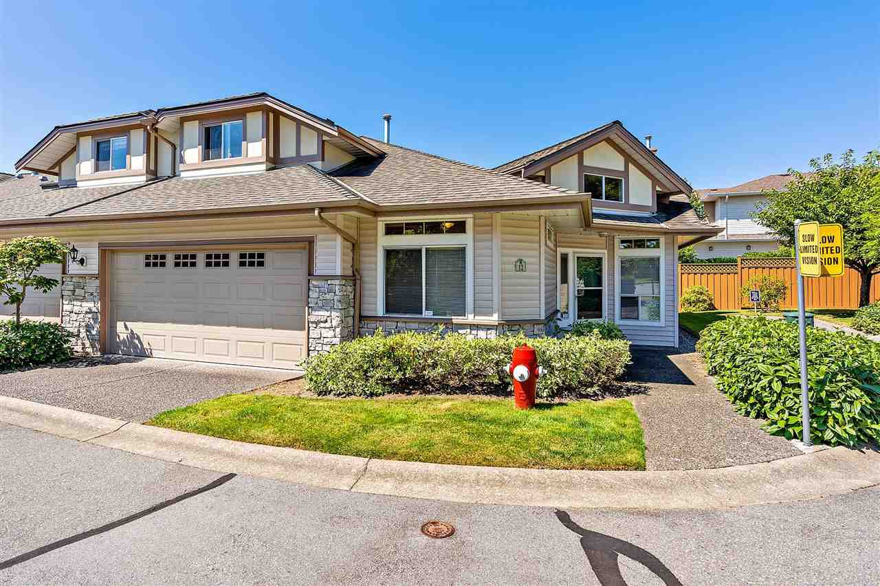 "Main Photo: 12 16325 82 Avenue in Surrey: Fleetwood Tynehead Townhouse for sale in ""Hampton Woods"" : MLS®# R2499161"