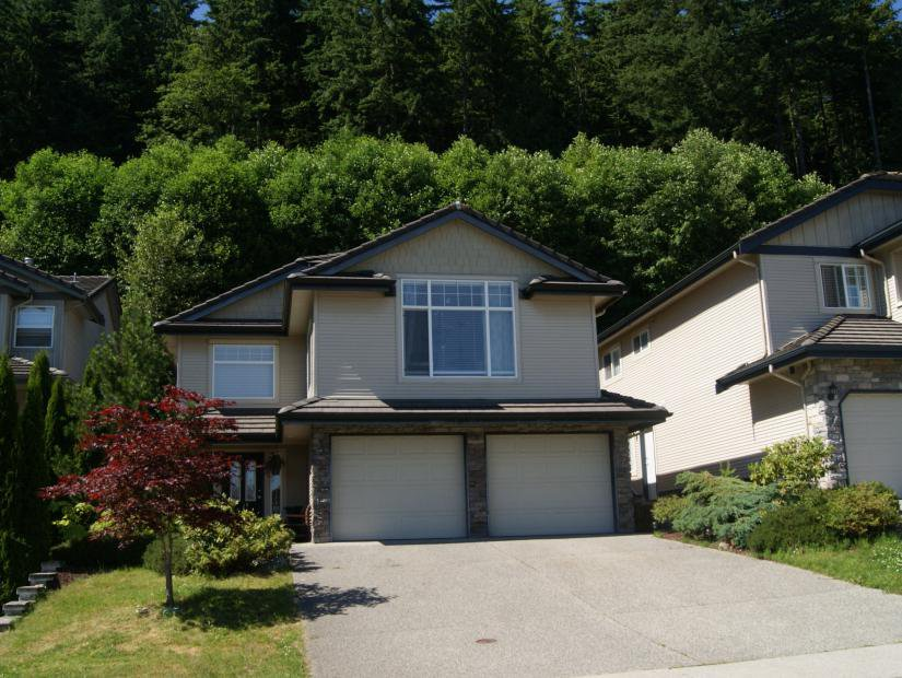 Main Photo: 3009 MAPLEWOOD Court in Coquitlam: Westwood Plateau House for sale : MLS®# V1016132