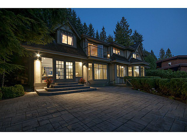 Main Photo: 3049 Spencer Court in West Vancouver: Altamont House for sale : MLS®# V1082832