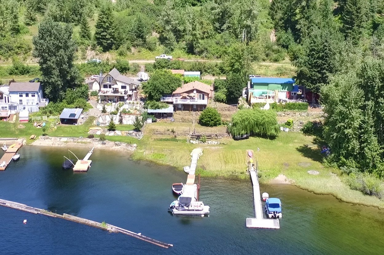 Photo 3: Photos: 2181 Chief Atahm Drive: Adams Lake House for sale (Shuswap)  : MLS®# 10179322