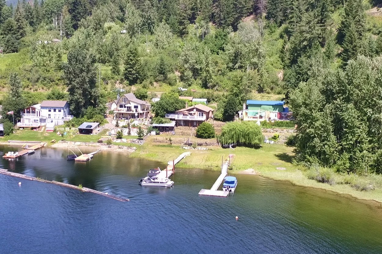 Photo 2: Photos: 2181 Chief Atahm Drive: Adams Lake House for sale (Shuswap)  : MLS®# 10179322