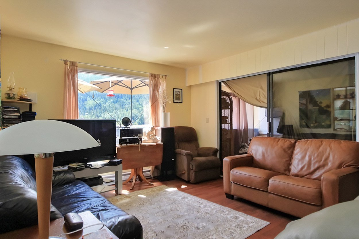 Photo 12: Photos: 2181 Chief Atahm Drive: Adams Lake House for sale (Shuswap)  : MLS®# 10179322