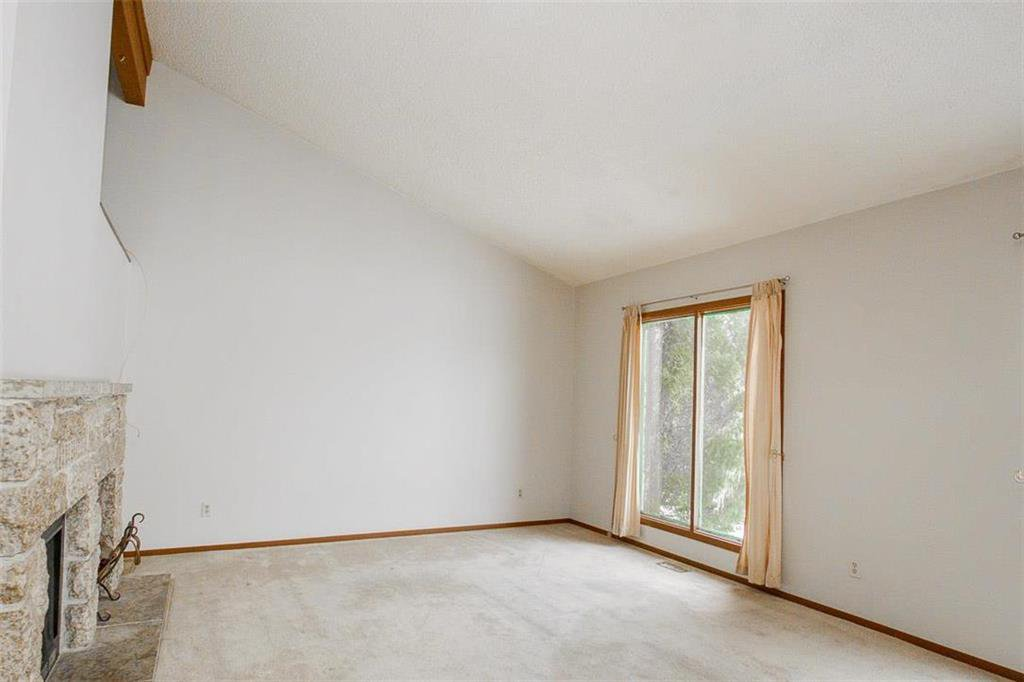 Photo 7: Photos: 63 Ashford Drive in Winnipeg: River Park South Residential for sale (2F)  : MLS®# 202006494